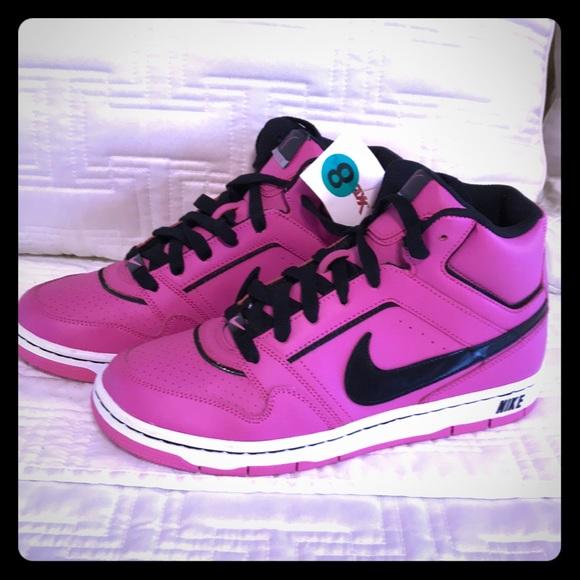 09f1b5b72cd2ce NWT Nike Pink Black High Tops Prestige. Size 8